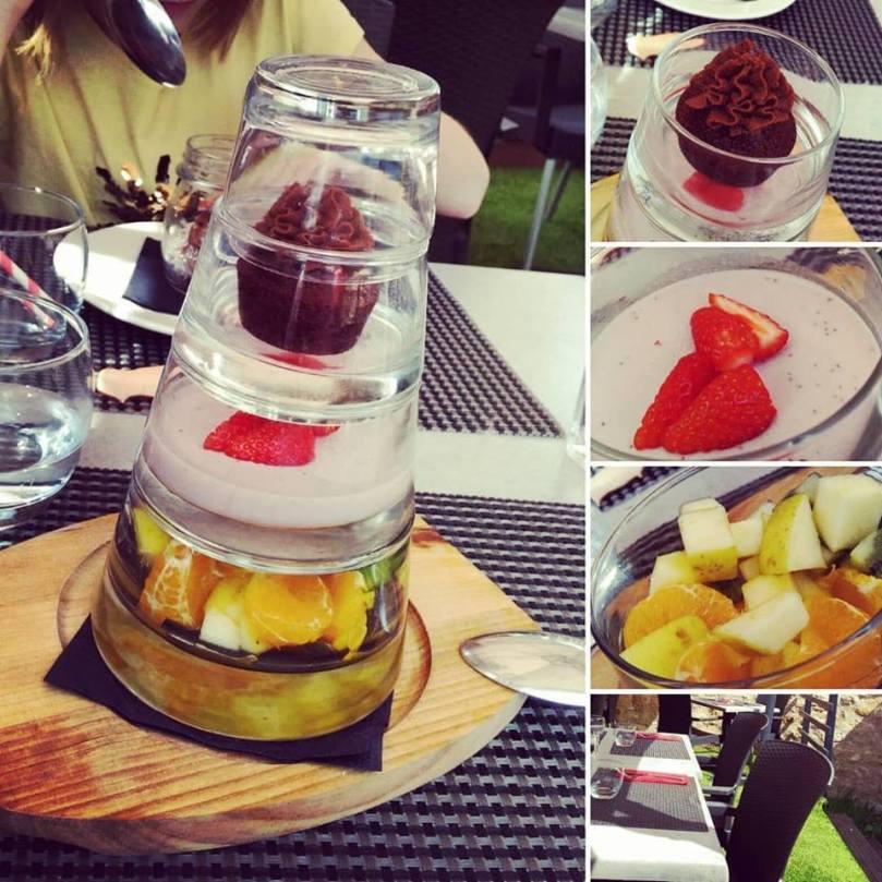 dessert a table